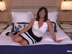 Nude Cougar, Hot MILF, Hot Mom and Son Sex, m.i.l.f, Perfect Body Amateur, Young Cunt