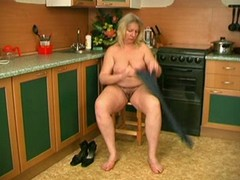 Top Amateur Stripping Posing Xxx Clips